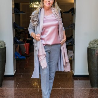 Anneclaire vest top shawl seductive pantalon natan schoenen  najaar winter 2018 2019